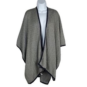 Chill by Nooks Ikat Cape NEW